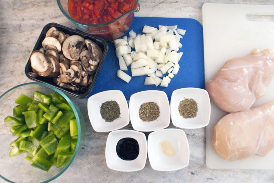 Ingredients to make chicken cacciatore